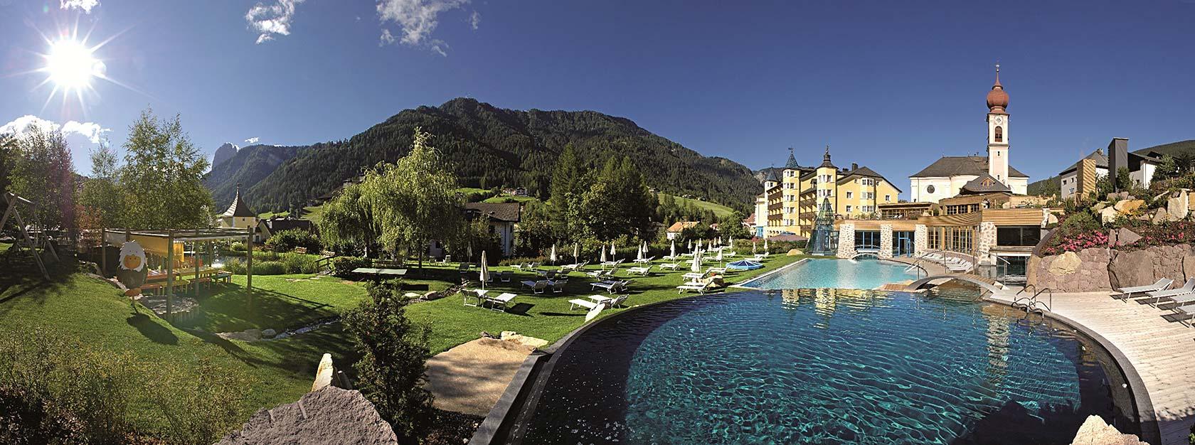 Adler dolomiti for Design wellnesshotel sudtirol